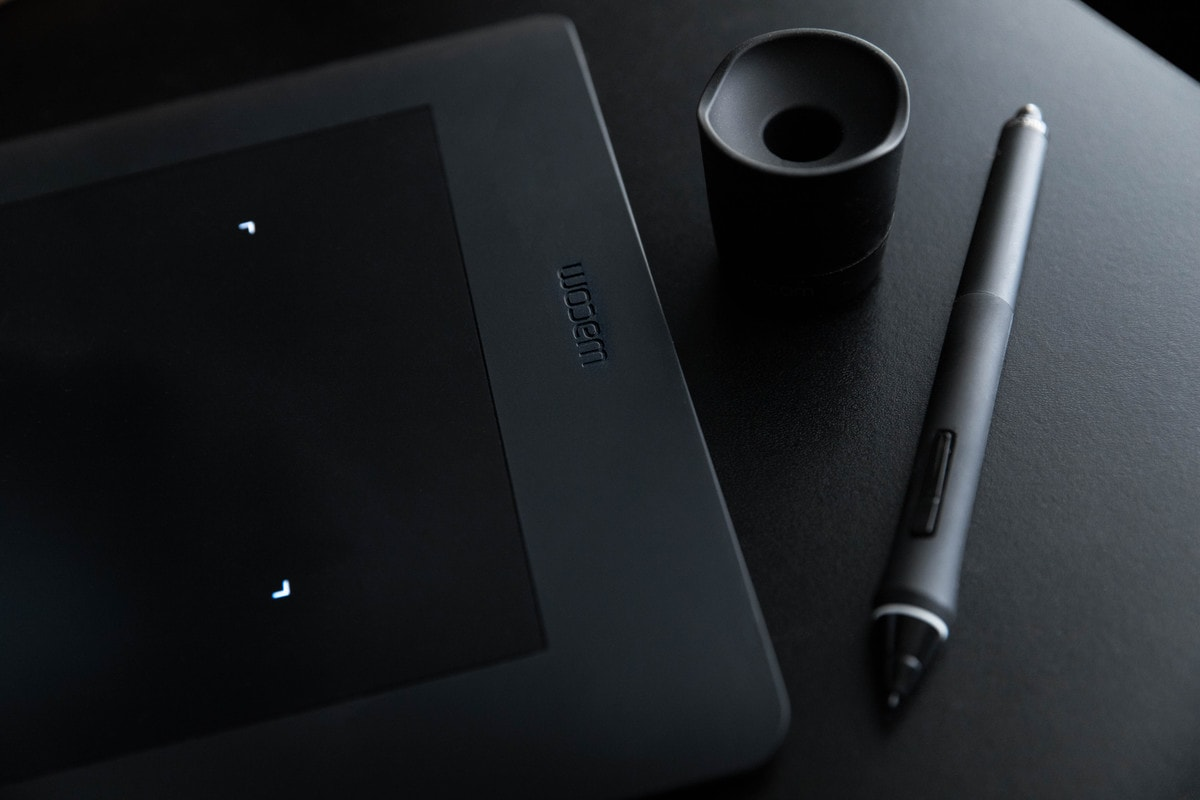wacom intuos pro tablet for photo editing