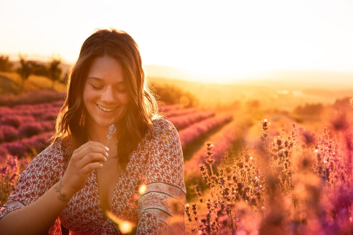 How To Make Photos Look Soft And Dreamy In Photoshop