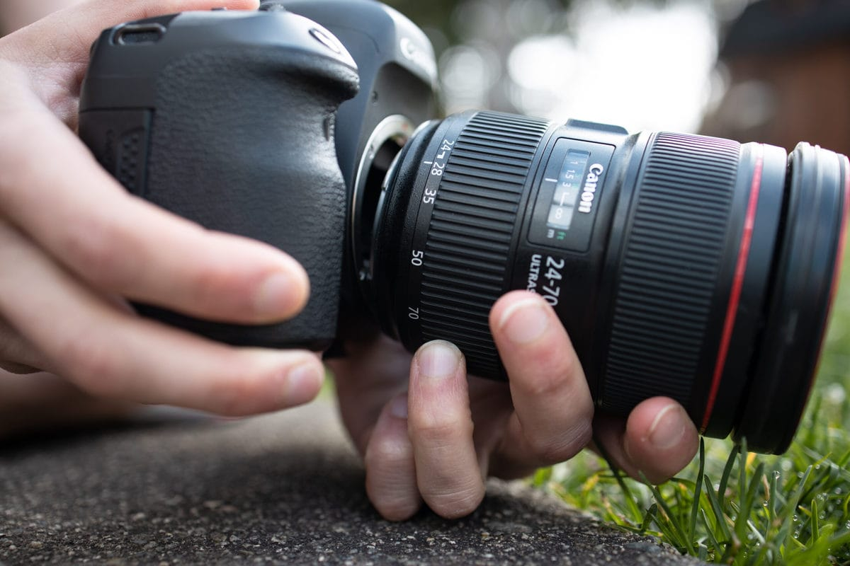 lens whacking with canon camera
