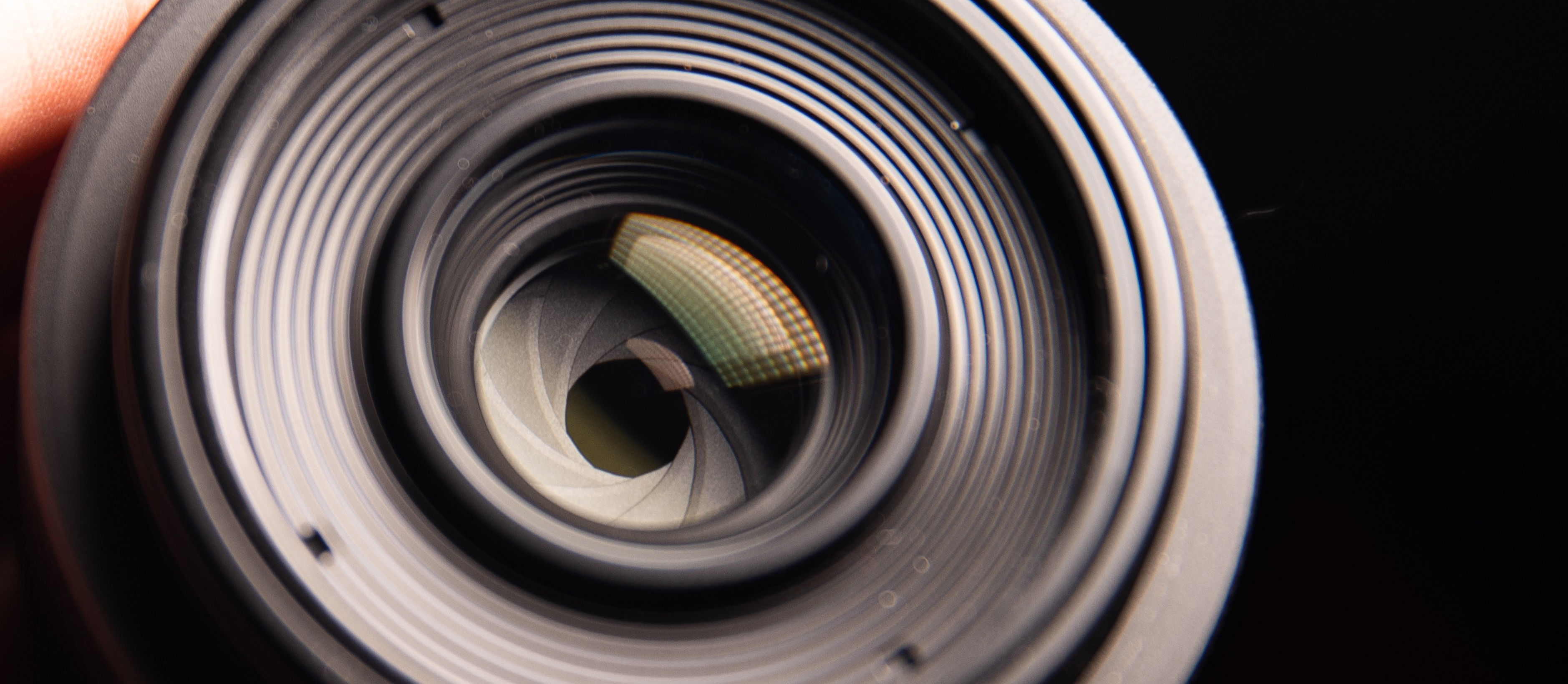aperture in photography to effect depth of field and exposure in photography