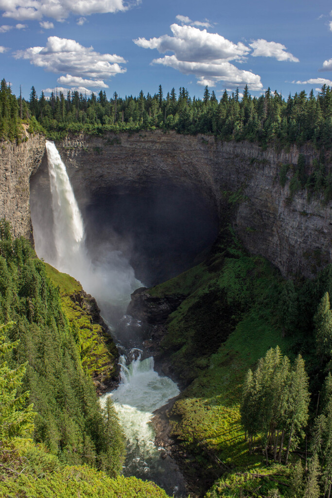 Helmcken-falls-waterfall-photography
