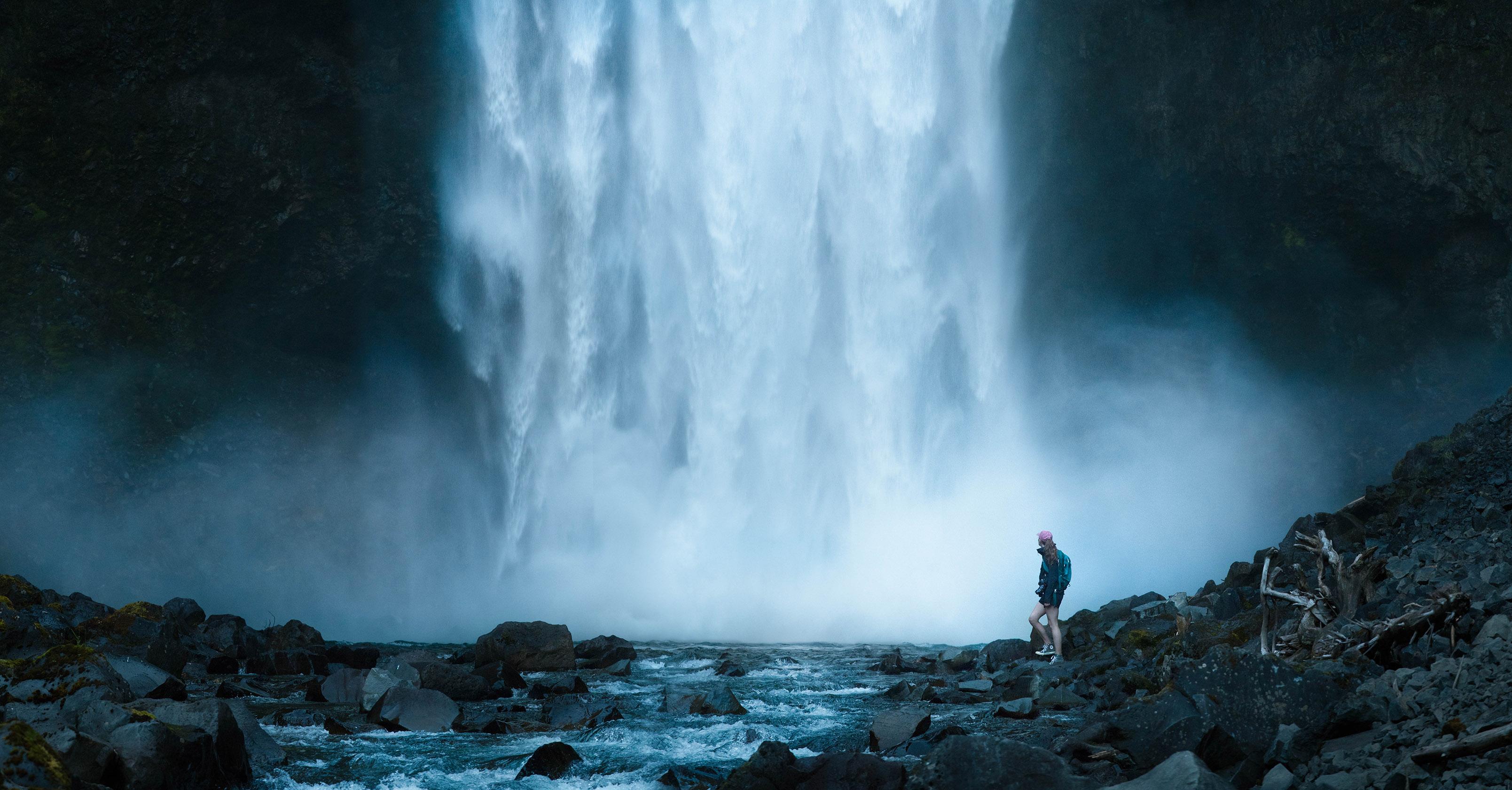 beautifull-waterfall-photo-fast-shutter-speed